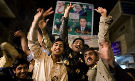 elections in pakistan 2013 essay In this essay, we analyze the results of the recently concluded elections in pakistan through the prism of voting patterns of four non-overlapping social catego.